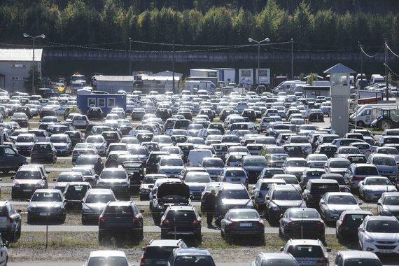 Automobiliai išsimokėtinai Gariūnuose